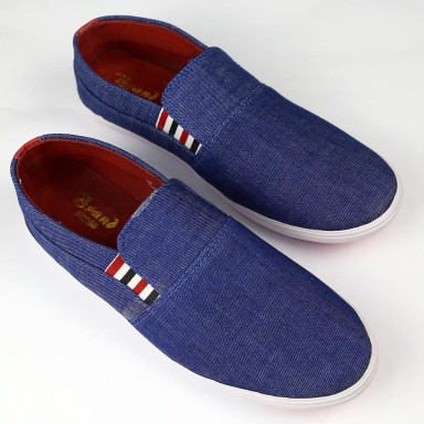 Fashionable Style Casual Shoes For Mens